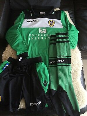 Leeds United Goal Keeper Kit Junior Size XXS