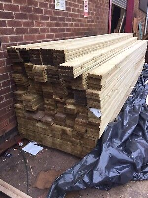 TREATED TIMBER DECKING BOARDS 28mm x 120mm x 4.2 long Natural wood £7.50 Each