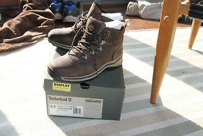 Timberland BRAND NEW kid's White Ledge waterproof boots US size 5.5