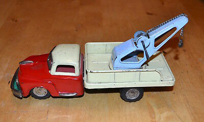 Vintage SSS Japan tinplate wrecker tow truck friction motor model toy car