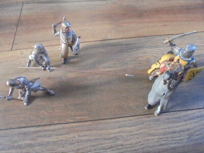 Schleich Knight and foot soldier figures