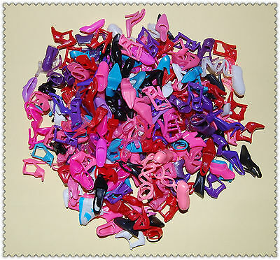 Free Ship - Lot Barbie dress /accessories-100 Pairs Shoes (33 style)