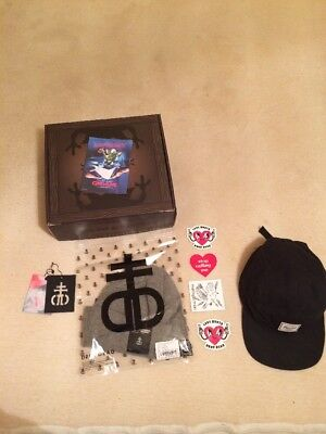 Drop Dead Beanie (bundle)