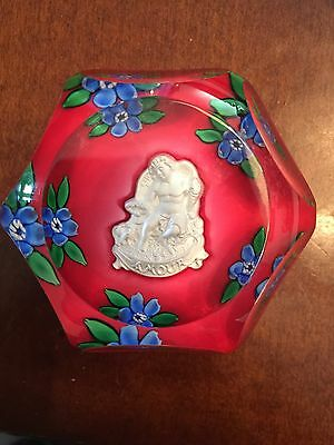 St. Louis Amour Selman Crystal Art Glass Paperweight 1979 Angel Cupid Flowers