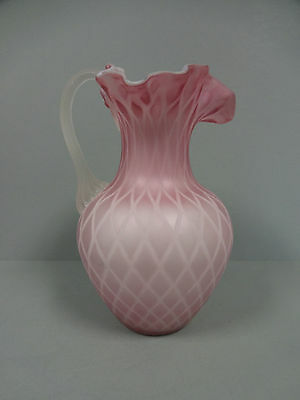 Mt WashingtonGlass Pitcher MOP Mother of Pearl Pink Satin Diamond Quilted Large