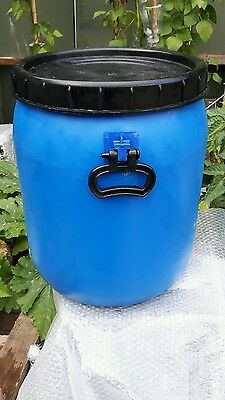 Blue  With Black Lid Water Butt Plastic Drum/Barrel 48 ltrs.