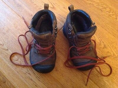 Kids Leather Hiking Boots size 30 / 12 KEEN