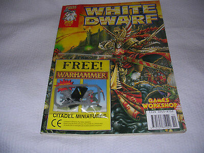 white dwarf magazine/skinks
