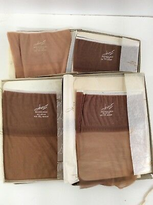 HANES Lot Of 7 vtg No Seam stockings Nude Colors 9 1/2 Unworn In Box