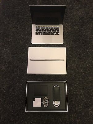 Macbook Pro 15 Mid 2015 i7 2.5ghz 512SSD AmD Graphics Card Only76 Charge Cycles!