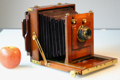 Late 19th C. British MAHOGANY 1/2 plate CAMERA with 1 Plate Holder & ROSS LENS