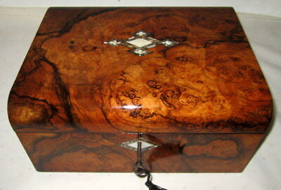 STUNNING FIGURED WALNUT ANTIQUE WRITING SLOPE secret drawers/key/inkwell