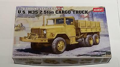 Academy 13410 WWII Ground Vehicle Set 8 M35 US 2,5ton Cargo Truck US Army 1:72