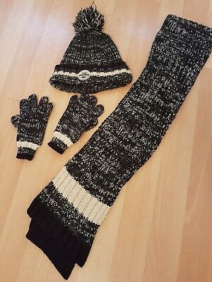 boys hat scarf and gloves set 3-6 years
