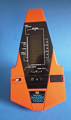 CGL 'GALAXY INVADER 10000' - 1980s VINTAGE HAND-HELD ARCADE STYLE GAME