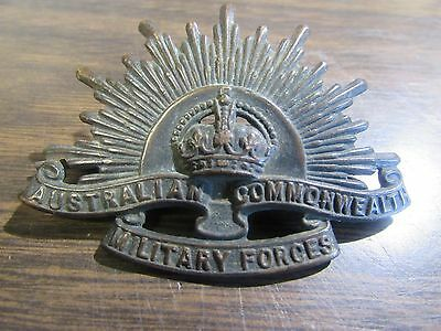 Wwii Australian Commonwealth Military Forces Hat Badge - Original