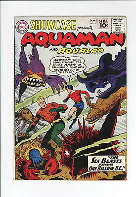 SHOWCASE #31 - NICE GRADE - 2nd APPEARANCE OF SILVER AGE AQUAMAN! - 1961
