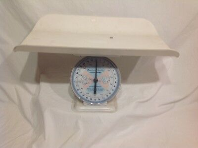 Vintage American Family Nursery Scale With Cradle,excellent Condition