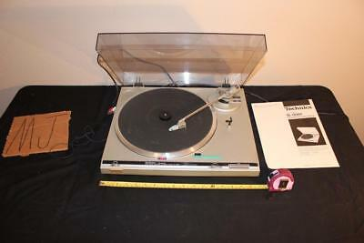 Vintage Technics Quartz direct drive automatic turntable SL-Q200 RECORD PLAYER