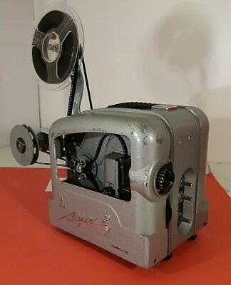 Lomo / (L)omo Luch Myra 2 Projector with unusual mechanism cover