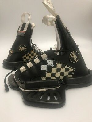 Wakeboard Boots Size 8-12 Fuel