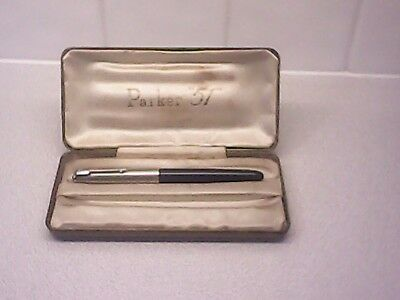 Used vintage Parker 51 fountain pen in the original Parker 51 box.