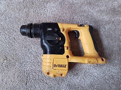 Dewalt DC213 SDS hammer drill - please read description.