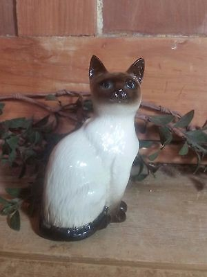 Vintage Royal Doulton Figure, Siamese Cat, MPN 1887, Made in England