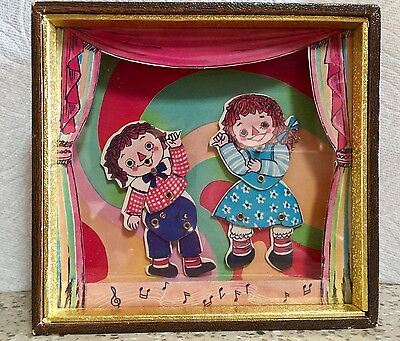Dancing Raggedy Ann and Andy TOYO Music Box Raindrops Keep Falling From My Head