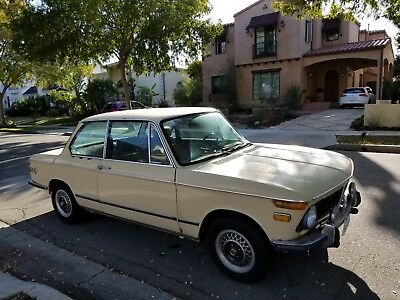 1972 BMW 2002  1972 bmw 2002, auto, runs and drives. great project, collector !!!!!!!