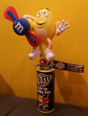 M&M Light Up Candy Fan Yellow Characters