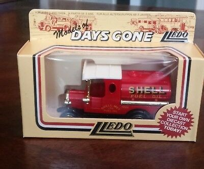 SHELL OIL, Lledo Days Gone Die Cast Delivery Truck
