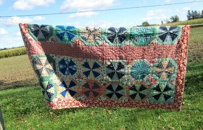 """Vtg. 40s 50s Fabric Completed Quilt 69 3/4"""" x 70"""" Hand/Machine"""
