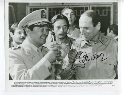 LAURENCE OLIVIER autograph HAND SIGNED 5478