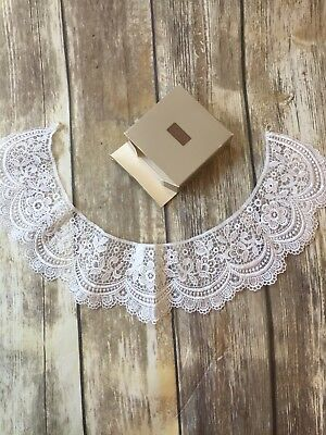 Avon 14 Inch Lace Collar With Box