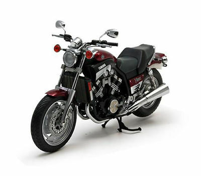 Minichamps 1:12  YAMAHA VMAX  1993  RED METALLIC
