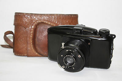Bakelite camera Boyer Paris Lens Serie VIII -  Photax III + case