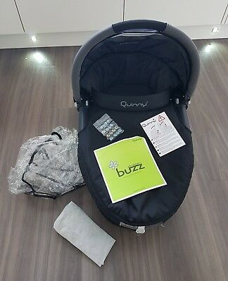 Quinny buzz dreami carrycot with raincover
