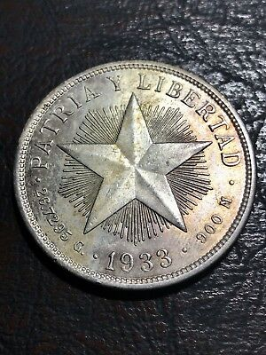 Caribe 1 Peso Silver Scarce 1933  coin - Lindo color
