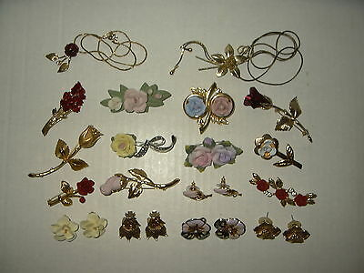 18 Vintage Victorian Goldtone Porcelain Rose Flowers Brooches-Necklaces-Earrings
