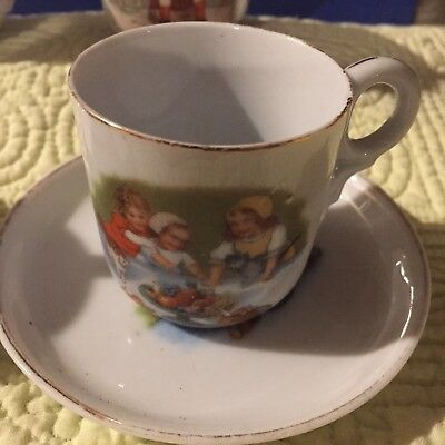 EMERY BIRD THAYER 1914 DOLL PARTY TEA CUP BY ROYAL BAYREUTH WITH SAUCERS Lot 2