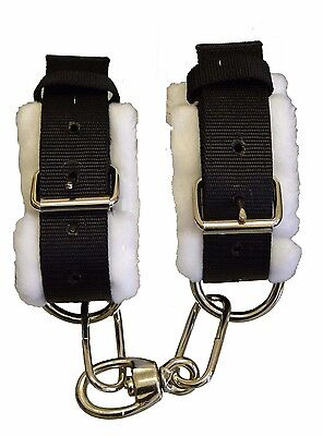 Horse Fleeced Lined Adjustable Pawing Hobbles With Heavy Dees & Swivel
