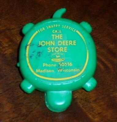 Vintage THE JOHN DEERE STORE Dealer Turtle Snappy Service Give-Away Madison WI