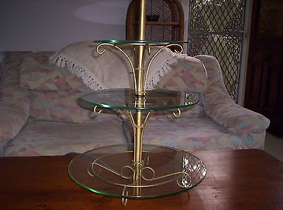 Antique Collectable Three Tiered Round Display Lamp Art Deco Design