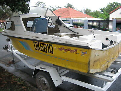 Mustang 1500 boat with Registered Trailer - No Engine Motor.