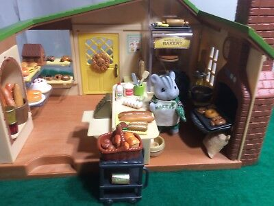 Sylvanian Families WATERMILL BAKERY AND FIGURES