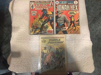 Lot of 3 westerns Jonah Hex, Two Gun Kid, and Western Gunfighters