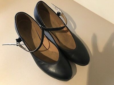 Bloch tap shoes size 6.5 Black Leather