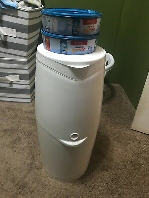 diaper genie and two refills