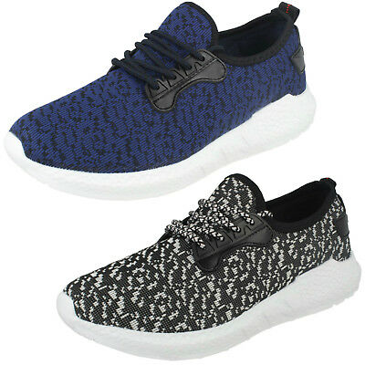 Wholesale Mens Casual Trainers 12 Pairs Sizes 7-11  FLIGHT